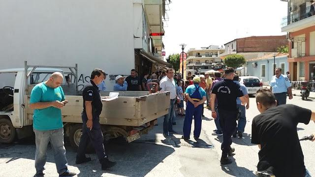 Τροχαίο ατύχημα με 4 τραυματίες χθες το μεσημέρι στο κέντρο της Καλαμπάκας