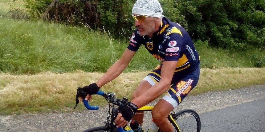 """Κι όμως έγινε και αυτό... Ο Τρικαλινός ποδηλάτης Στέλιος Βάσκος """"έφαγε"""" κλήση από την τροχαία της Σλοβακίας !"""